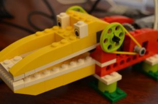 LEGO WeDo Crocodile