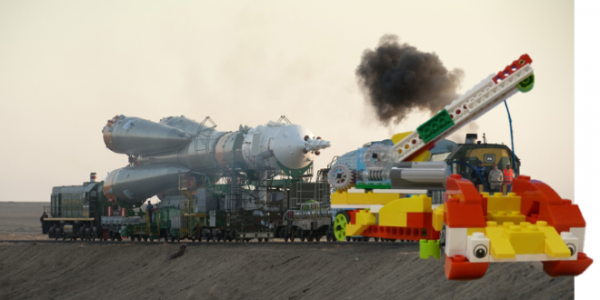 Lego Rocket Crane and Soyuz rocket